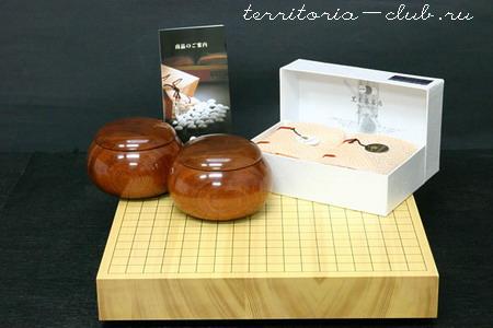 Комплект Го - Японский стандарт - камни из раковин хамагури и базальта, доска из кайи.